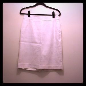 White tweed banana republic skirt